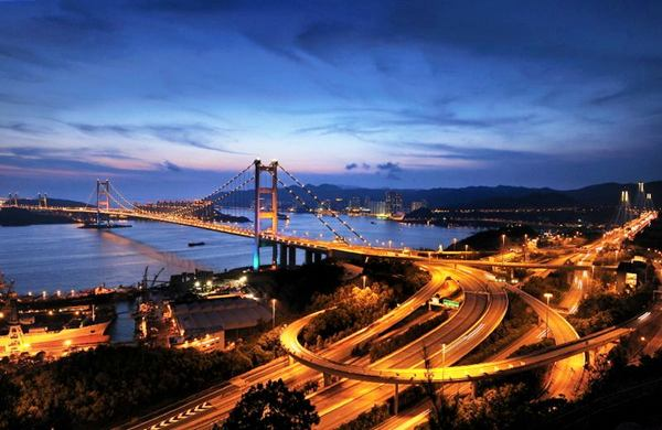 Tsing Ma Bridge, China – 1,377 m