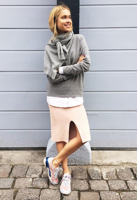 how to wear the front slit skirt trend