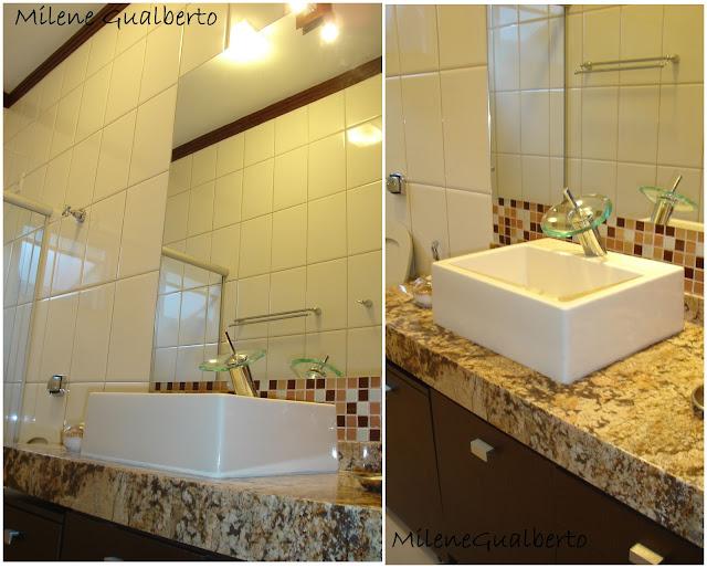 Milene Gualberto Projetos Residenciais  Banheiro com revestimento Bege -> Banheiro Com Pastilha Marron E Bege
