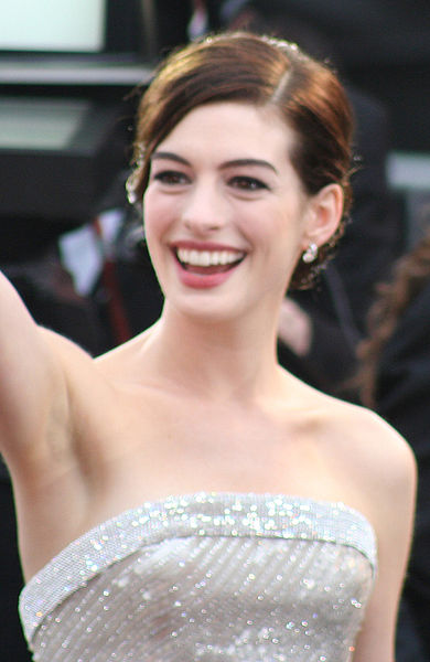 anne hathaway in princess diaries 1. Anne Hathaway In Princess