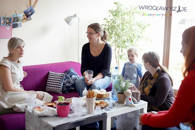 Wrocław Szyje, Wrocław Szyje Charytatywnie, akcja charytatywna, pomoc, Na Maszynie, Paciaciaki, Eko-fantasmagorie, fundacja Tobiaszki,