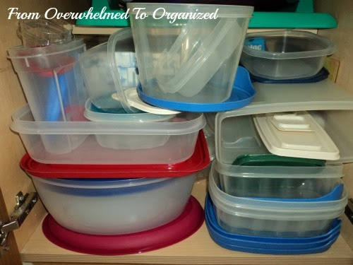 The Secret for Organizing Food Storage Containers so They Stay ...