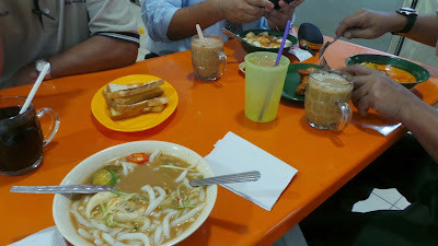 Simple brunch at r r ayer keroh