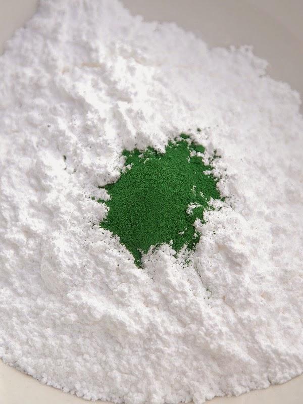 how to make coloured powdered sugar