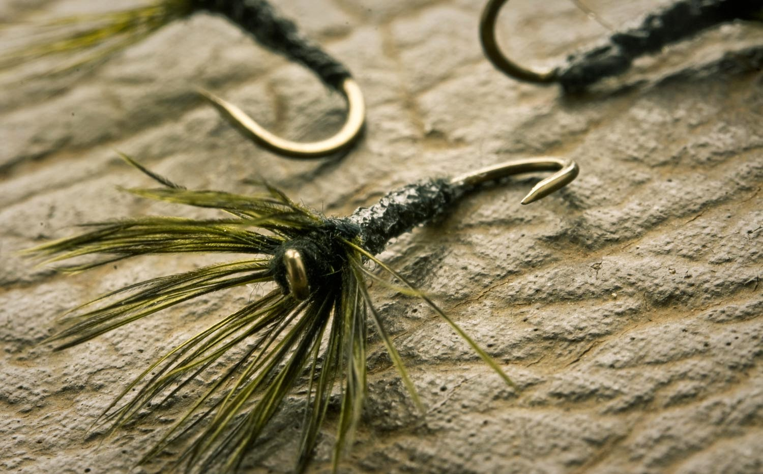 http://www.ginkandgasoline.com/gink-gasoline-fly-patterns/tenkara-fly-tying/