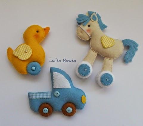 Brinquedos em feltro para aplicação em guirlandas