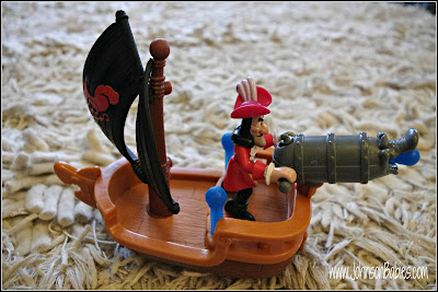 Disney's Jake and the Never Land Pirates Hook's Battle Boat Review