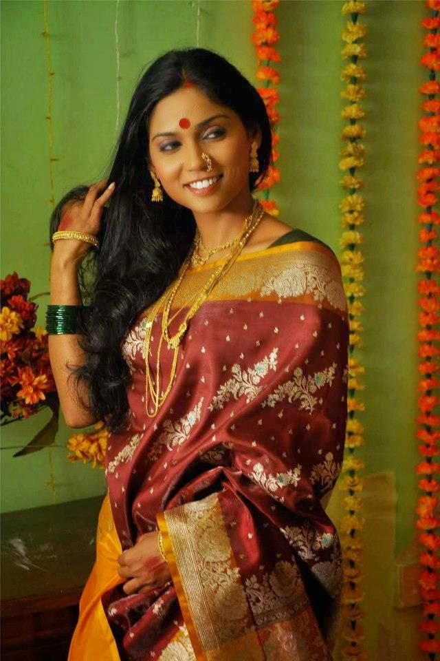 Sexy marathi lady