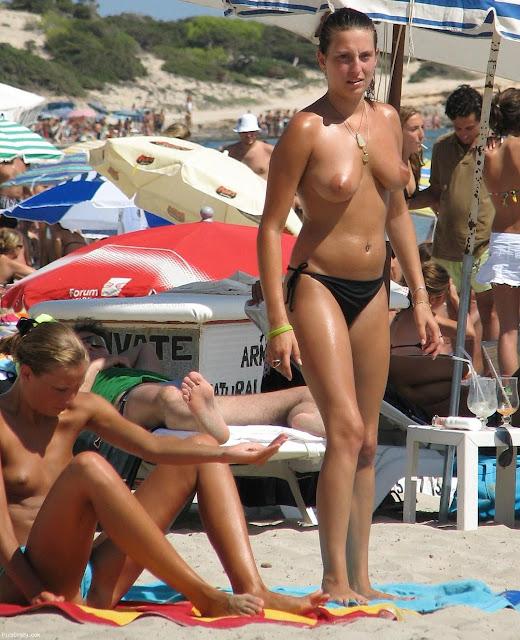 Nude Beach indianudesi.com