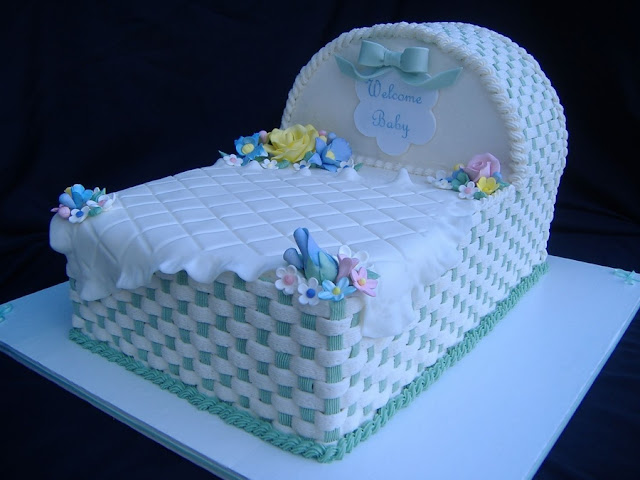 Bassinet Cakes5