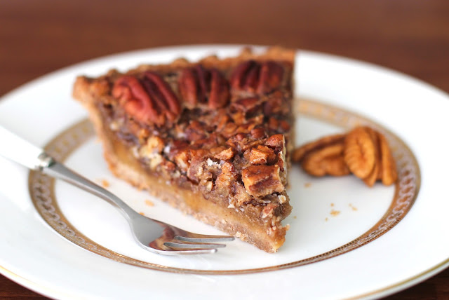 Healthy Maple Pecan Pie (refined sugar free) - Desserts with Benefits