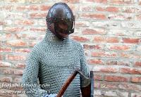 cota de malla y casco vikingo