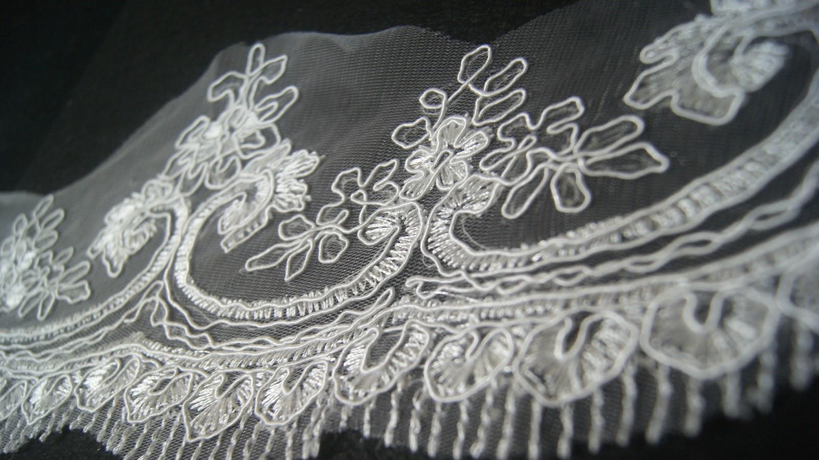 new Border lace cantik & murah available! RM 15 semeter!