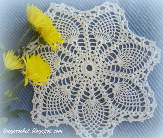 pineapples small doily