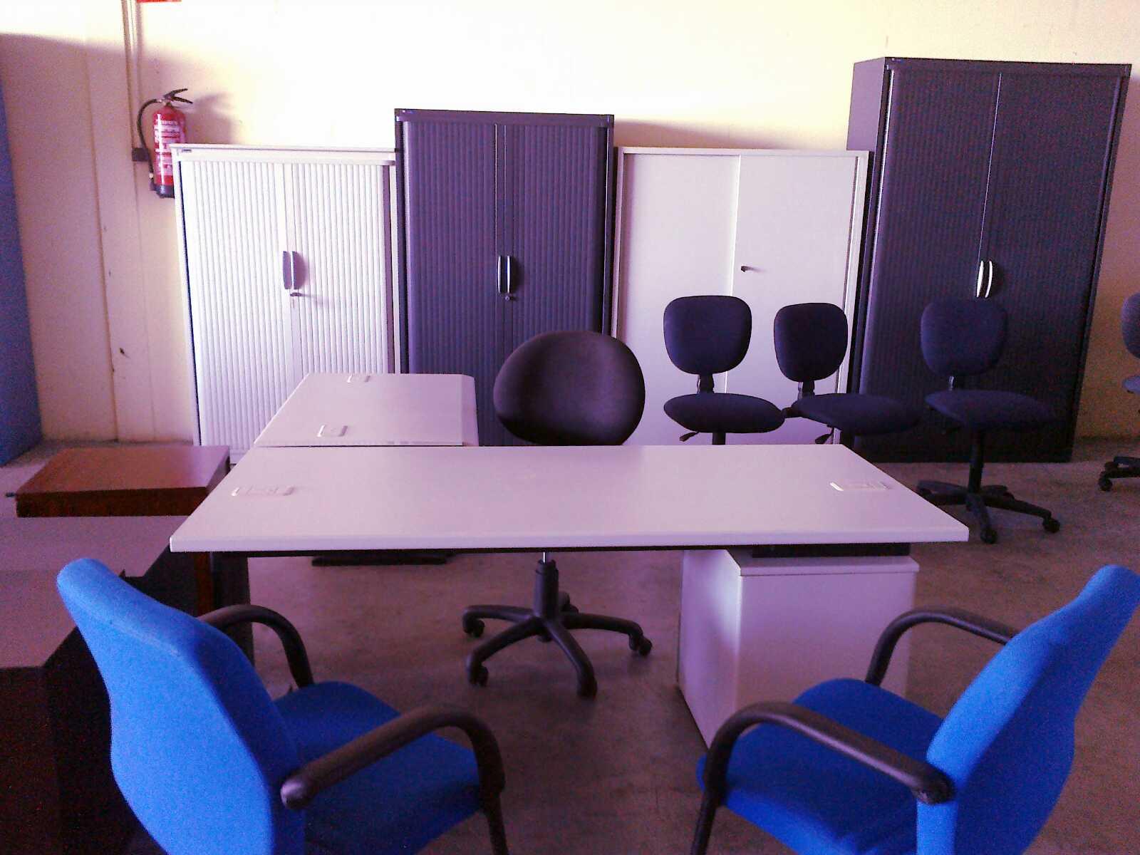 Estanter as met licas y muebles de oficina mobiliario de for Muebles de ocasion