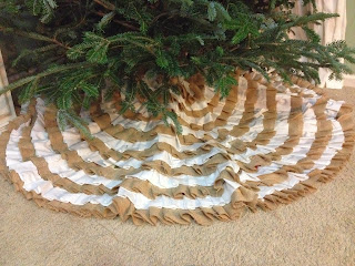 DIY Burlap Ruffle Tree Skirt