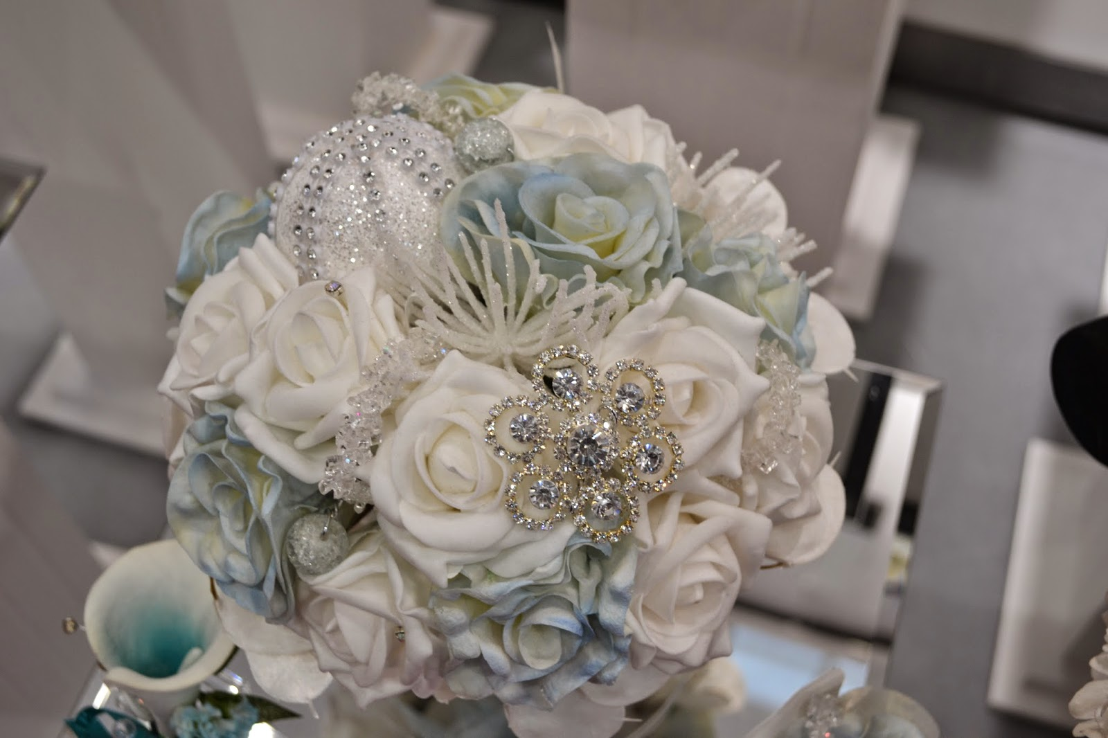 Artificial Wedding Bouquets Liverpool : Precious little worlds the national wedding show