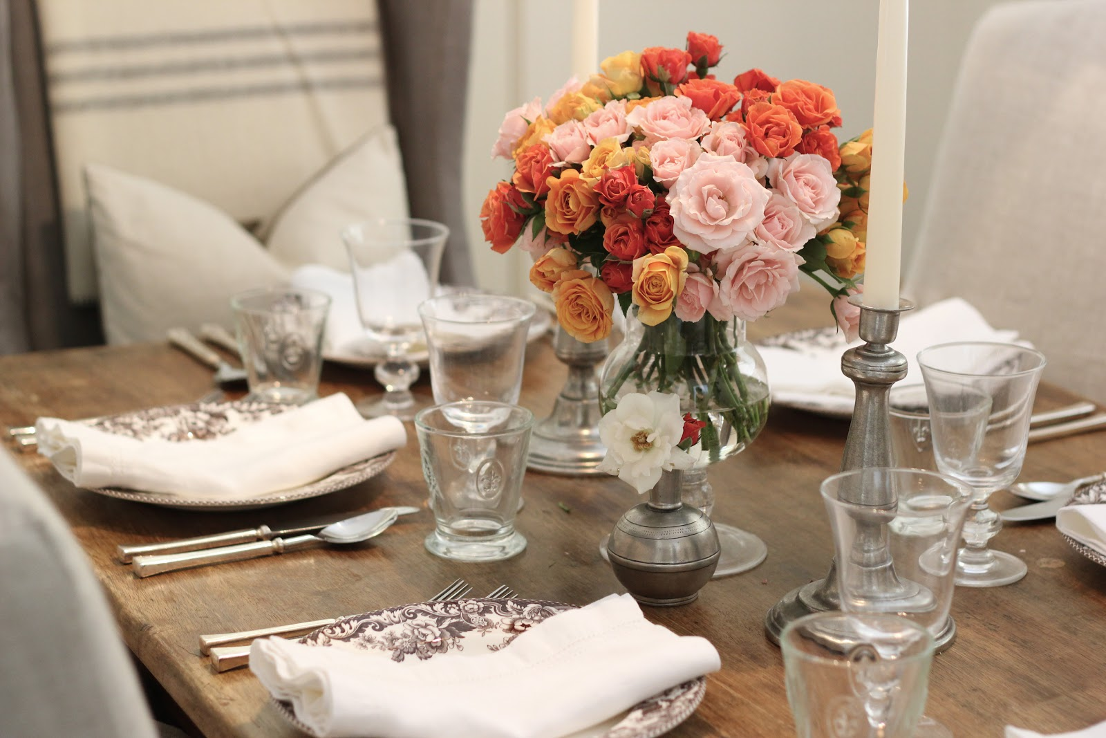 Awesome February Dinner Party Ideas Part - 4: Valentineu0027s Day Dinner Party Table Setting | Coral, Orange U0026 Pale Pink Roses