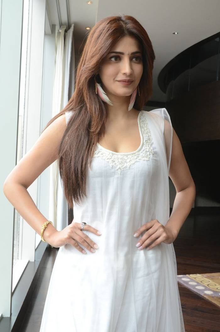 Shruti Hassan Smiling Photoshoot