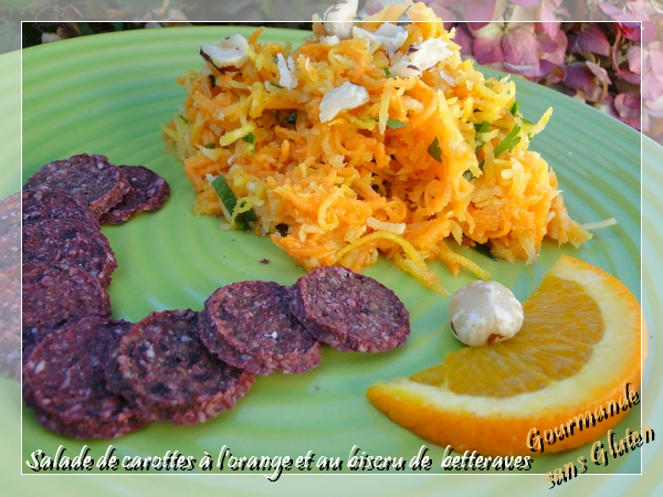"Salade de carottes à l'orange et ""biscru"" de betteraves"
