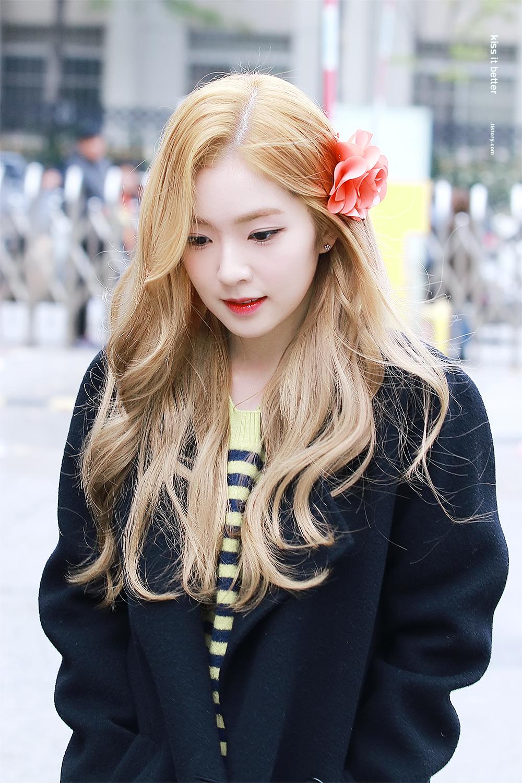 Irene - tân binh xinh đẹp nhất nhì K-pop hiện nay