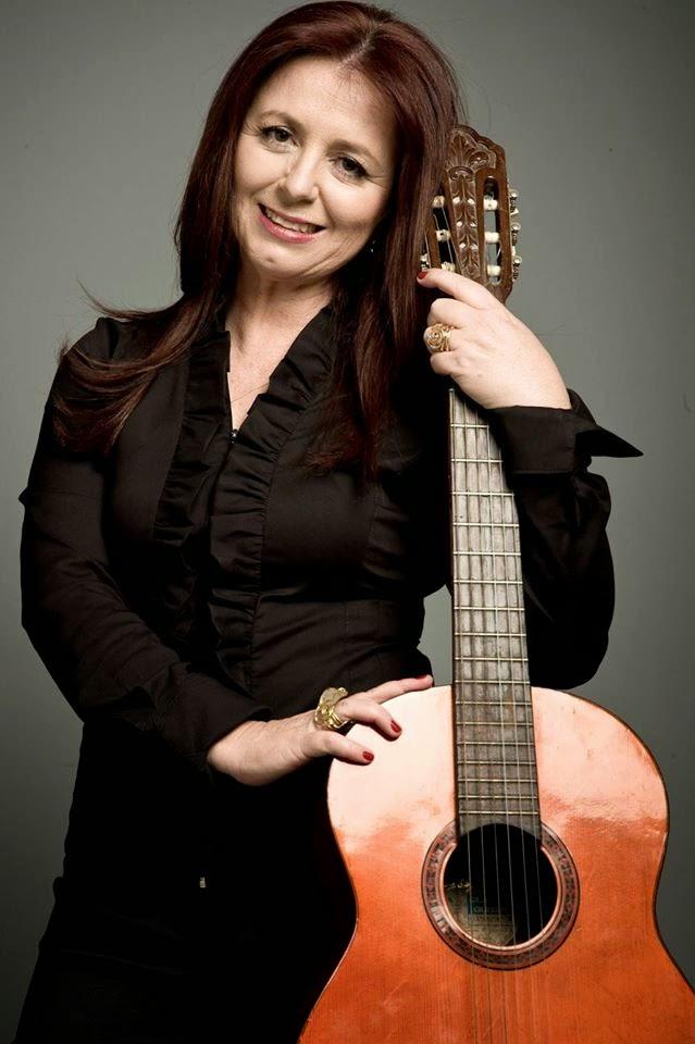 Isabela Fogaça - cantora