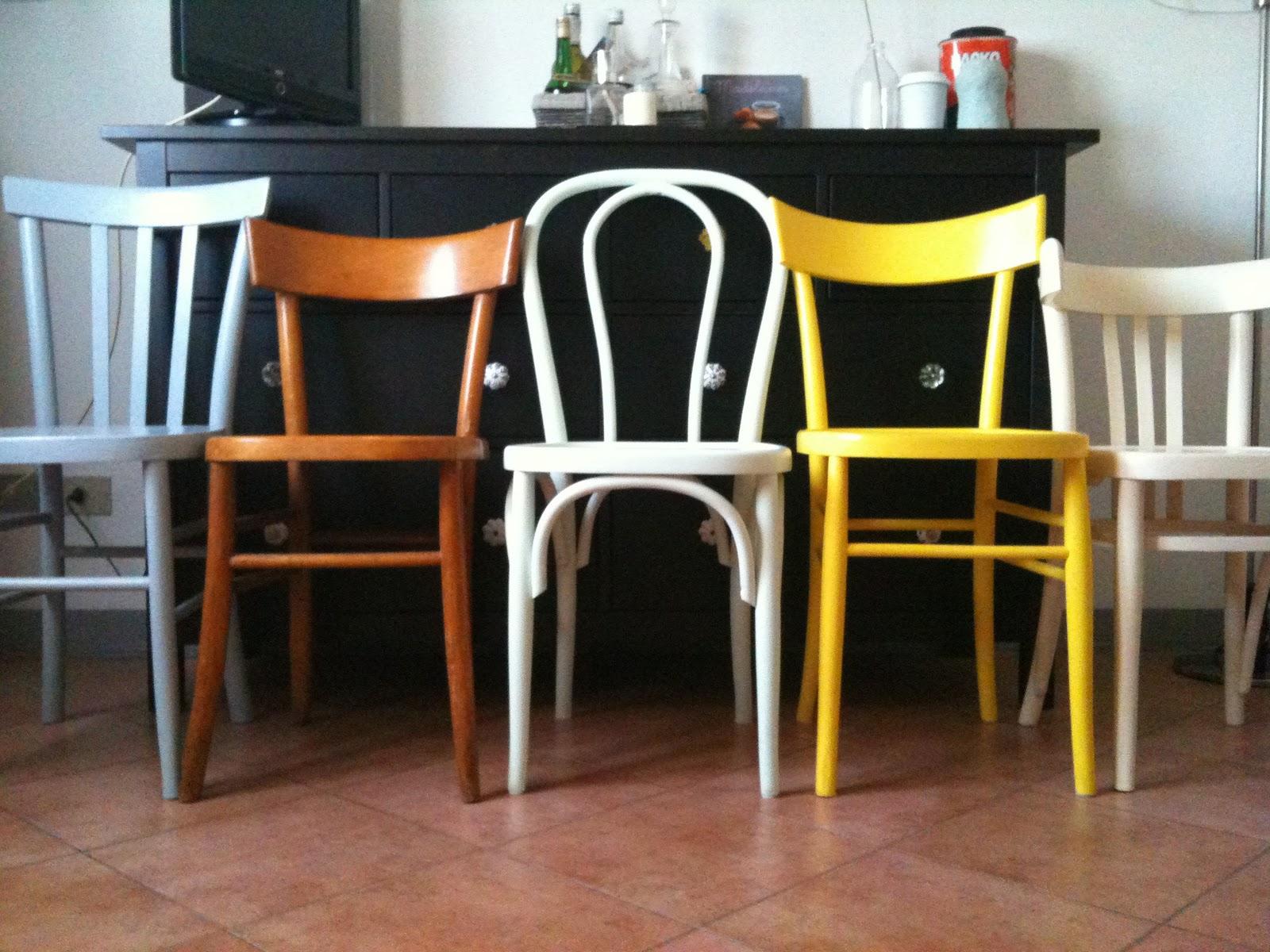 Tre cimette sul com cuore di sedie for Sedia anni 50 design