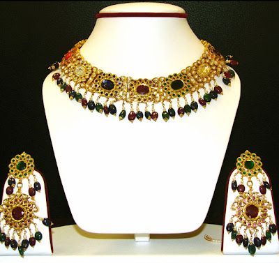 Pakistani Latest Gold Jewellery Design 2012