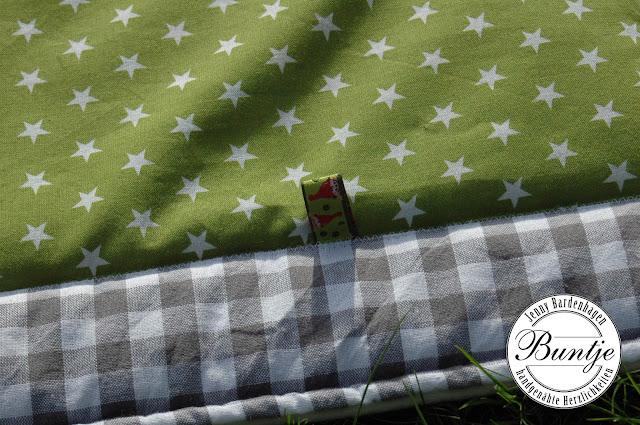 Krabbeldecke Decke Baby Name Geschenk Geburt Taufe Baumwolle Fleece grün grau Zebra Dschungel handmade nähen Buntje