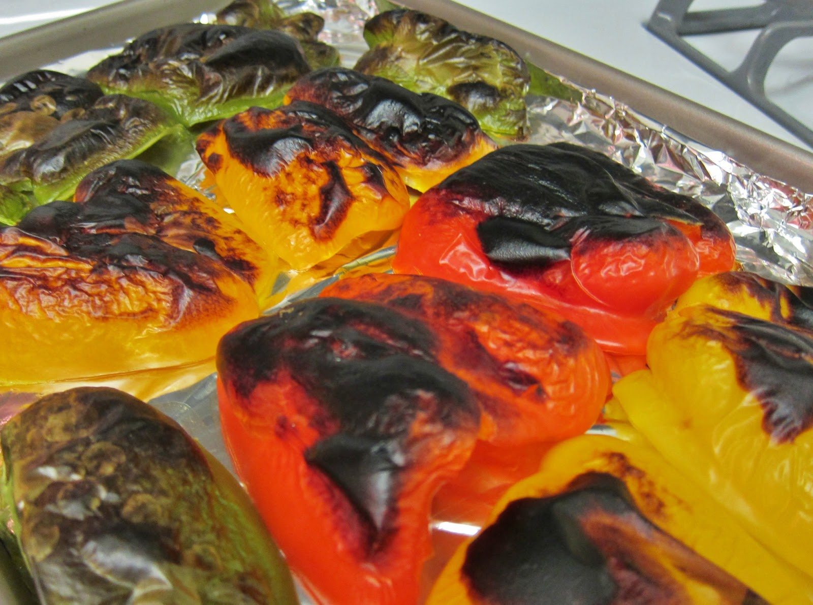 The Vegan Chronicle: Roasted Bell Peppers