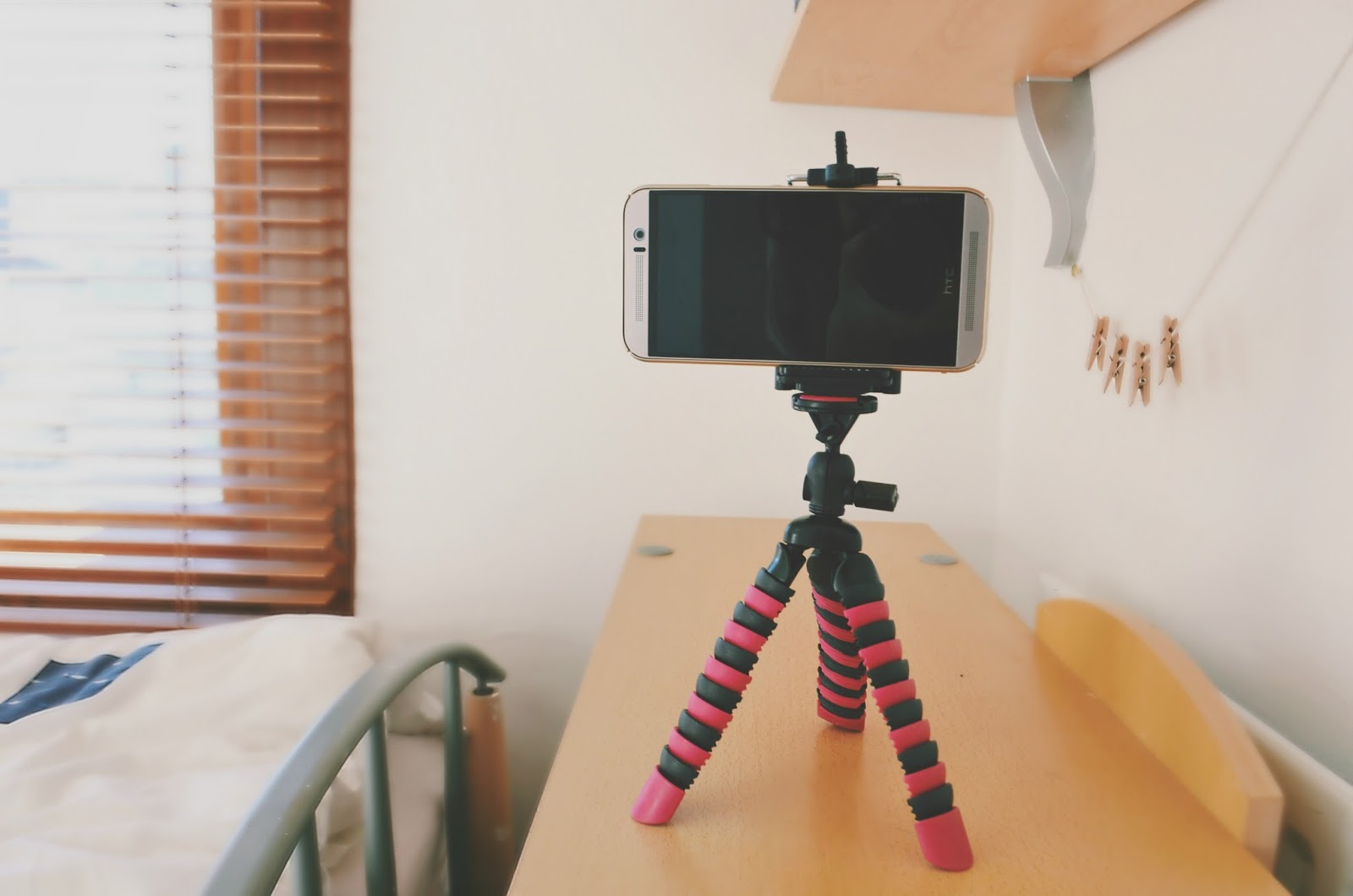 YT Club Tripod review bloggers
