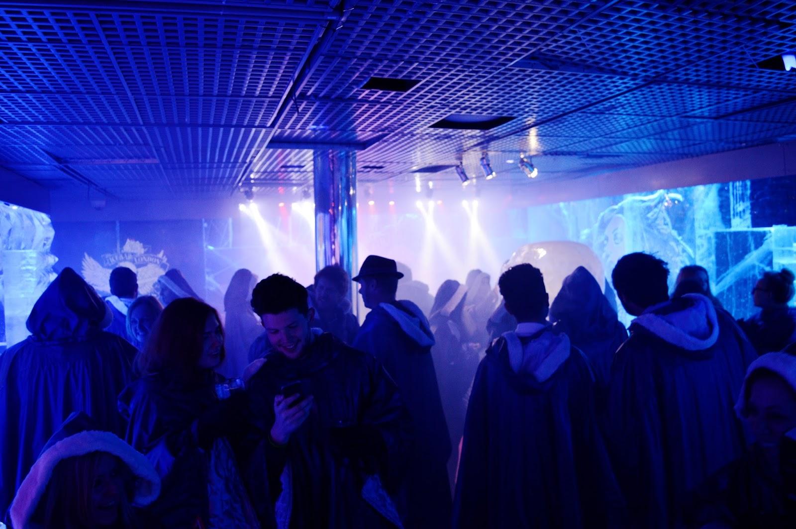 icebar london crowd