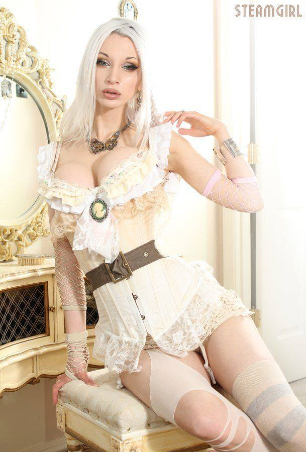 Model Steamgirl fate