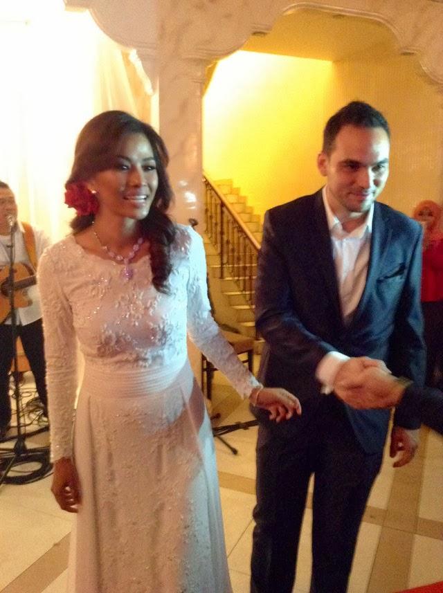 Linda Onn Tayang Suami Dalam Majlis Resepsi Sederhana