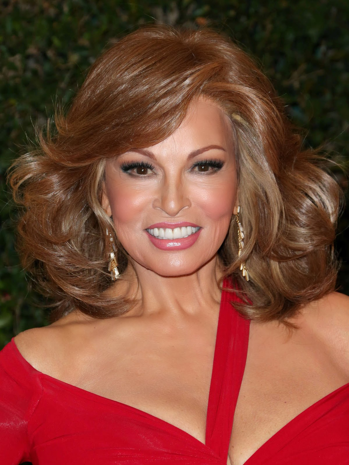 Raquel Welch Pictures Raquel Welch Photo Gallery 2014