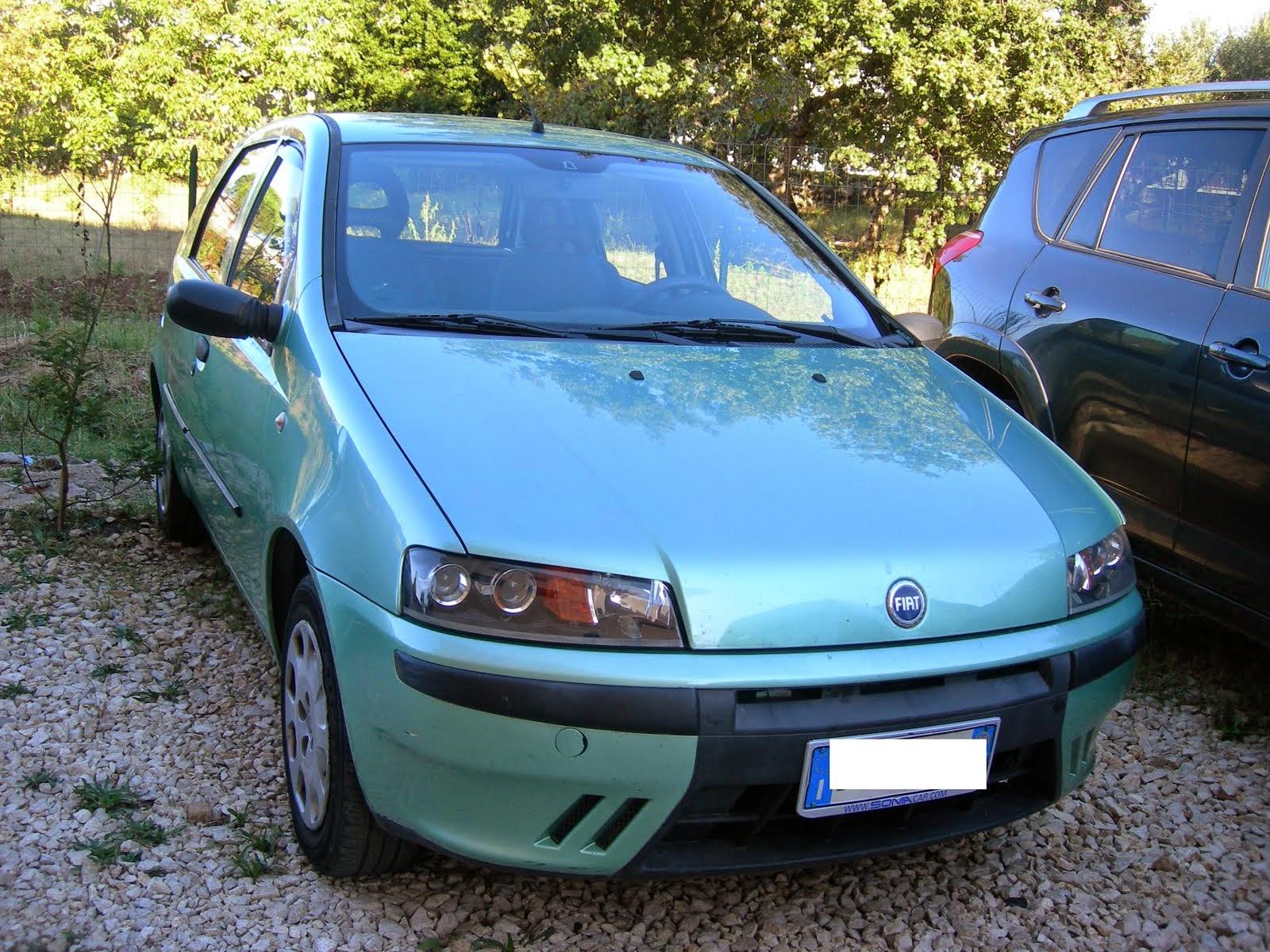 FIAT PUNTO 1.2 5 porte  con idrog-vetri elettr- 2.000,00 euro