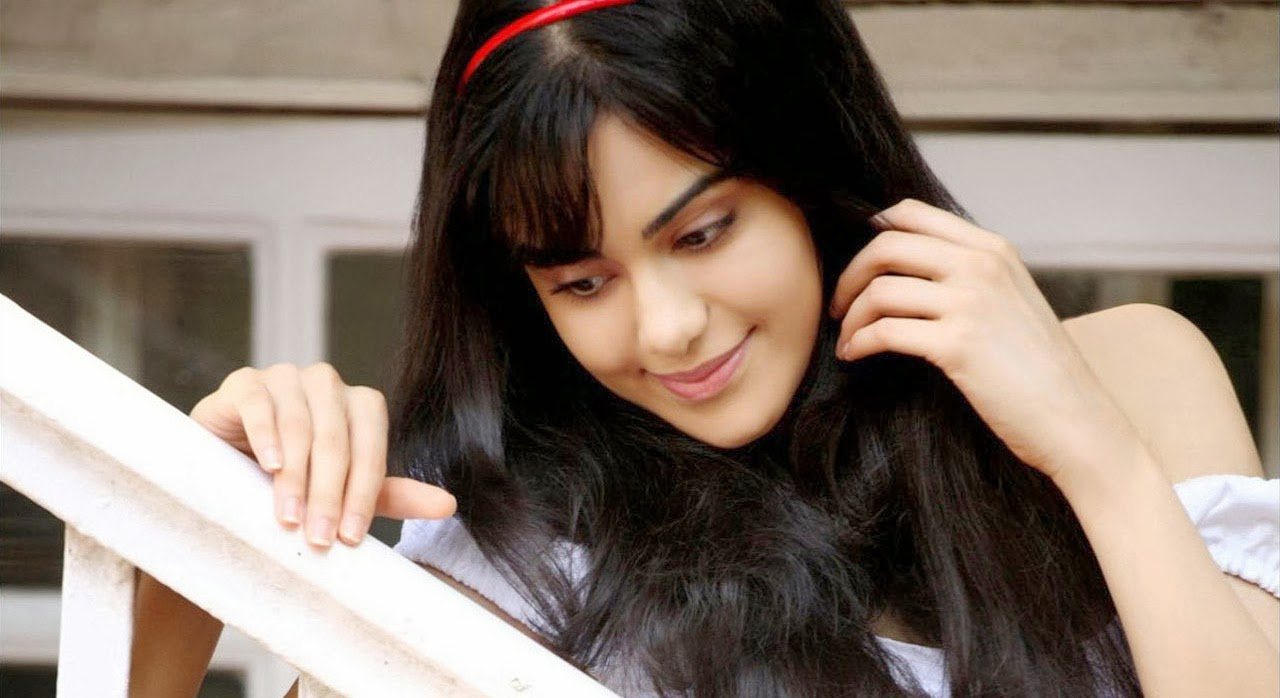 Adah Sharma HD Wallpapers Free Download