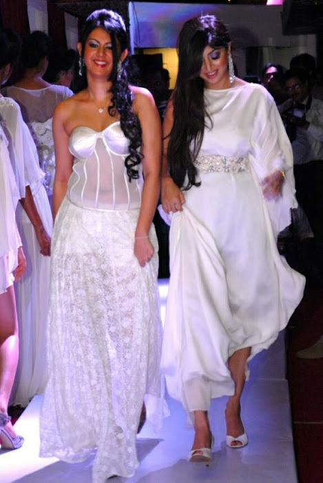 poonam kaur rwalk in white dress at sheesha sky launch actress pics