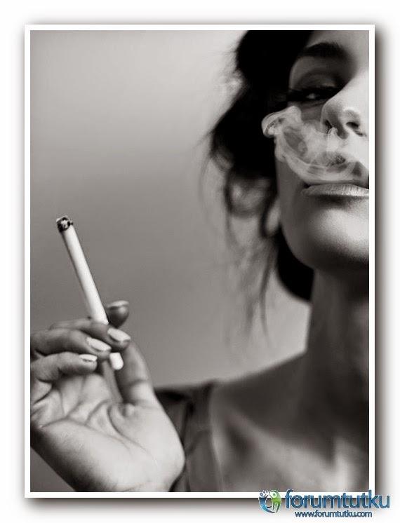 Девушки с сигаретой фото на аву в вк