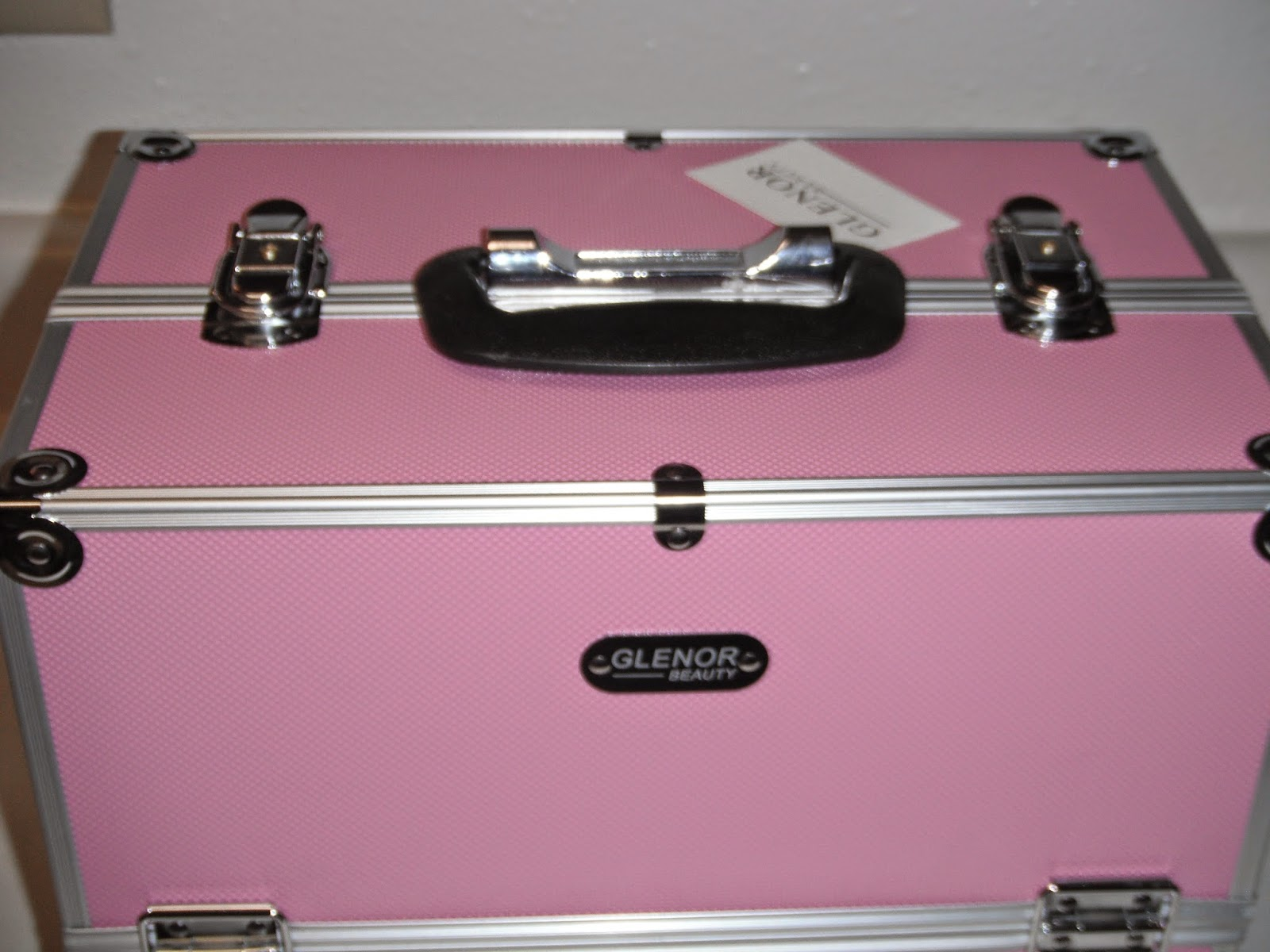 Britsy\'s Reviews: Review: Makeup Train Case