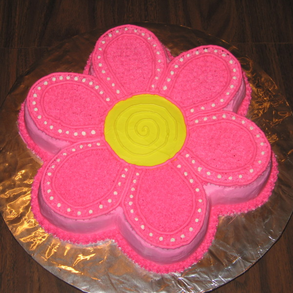 flower shaped birthday cake