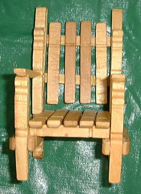 Quirky artist loft diy barbie deck chair from clothes pins for Small wooden rocking chair for crafts