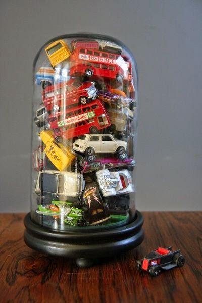 acumulacion de juguetes
