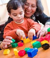 Tingkatkan Kreatifitas Anak dengan Mainan Edukatif