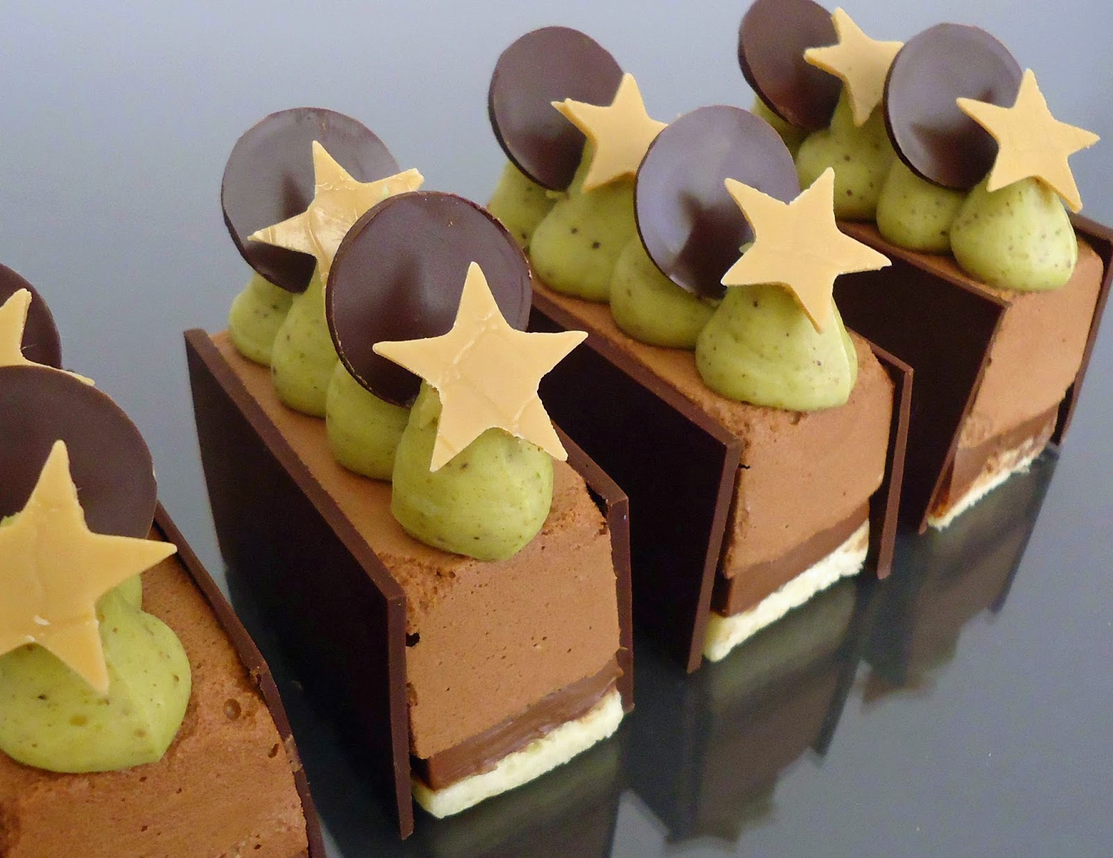 minicuisine dessert du nouvel an chocolat pistache