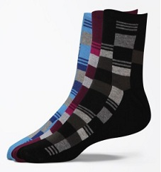 Flippd Men's Geometric Print Quarter Length Socks (Pack of 3) worth Rs.299 for Rs.101 Only (Limited Period Deal)