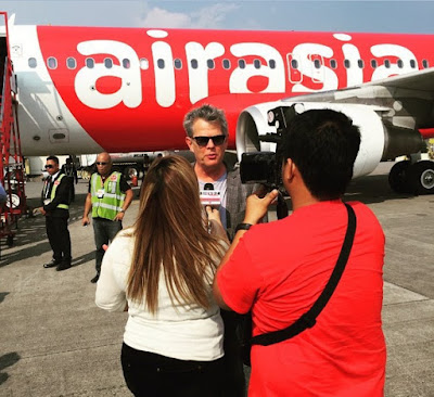 David Foster: Air Asia's Latest Brand Ambassador, Supports Filipino Artists