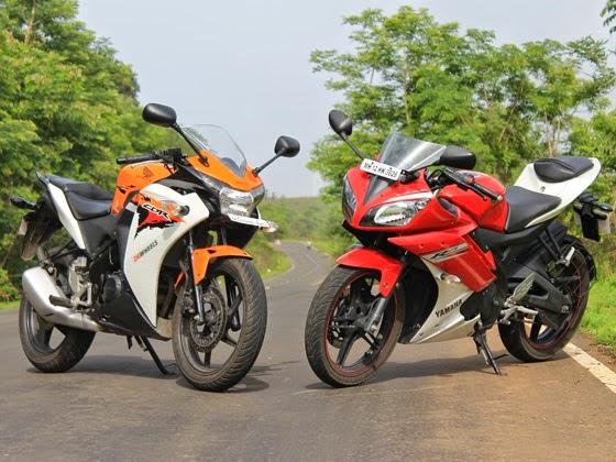 otoasia.net - Sudah lama Detik oto memaparkan komparasi Spesifikasi Yamaha R15 dan Honda CBR 150R dan hasilnya seperti tabel yang dipaparkan berikut. Sedankan untuk videonya juga ada di bawah tabel