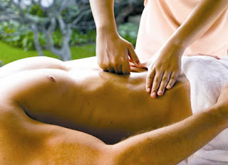 Risks of a Mayan Abdominal Massage - How To Give An Abdominal Massage