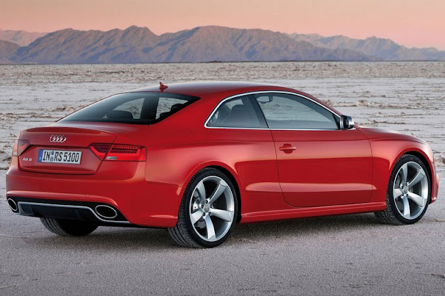 2012 Audi RS5 Coupe Back Exterior